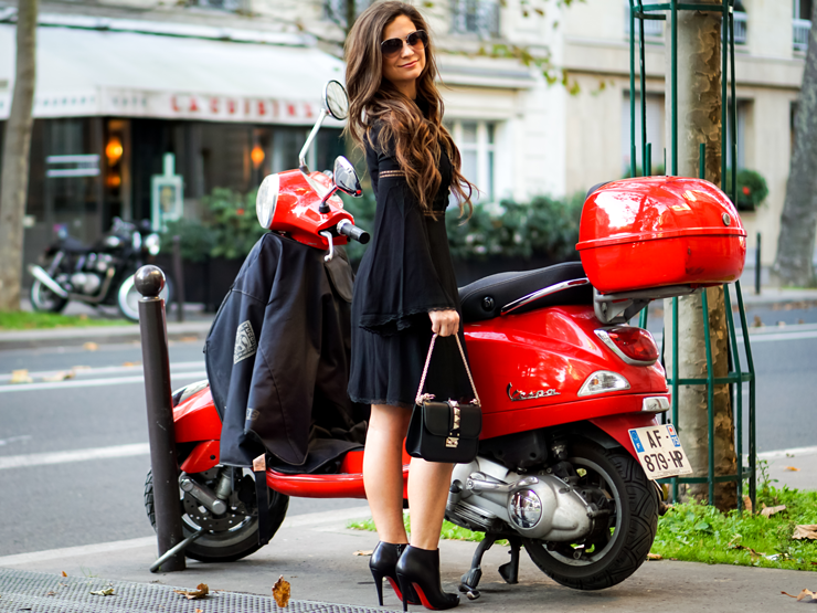 motoped loub shoes fashion blogger