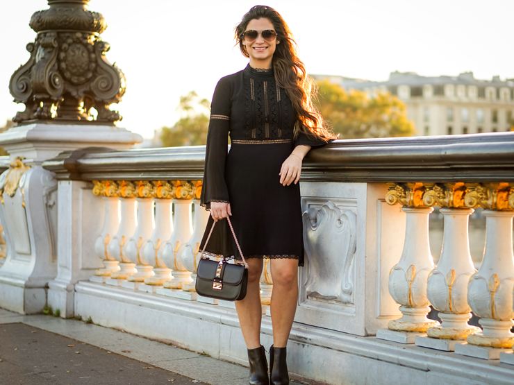 petite fashion blogger living in Paris