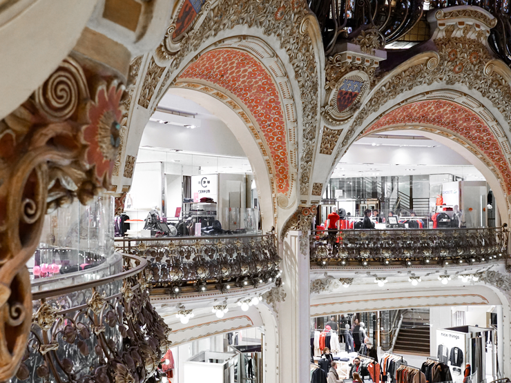 Photo of the inside of Galeries Lafayette