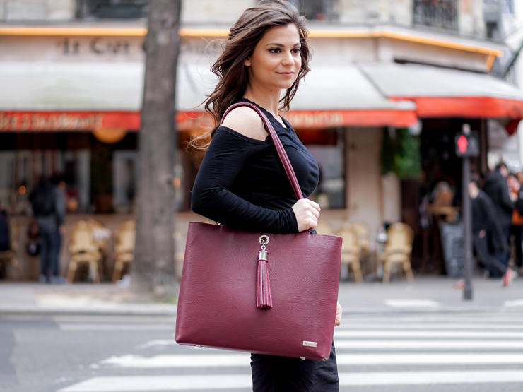 Perfect Paris handbag for the metro