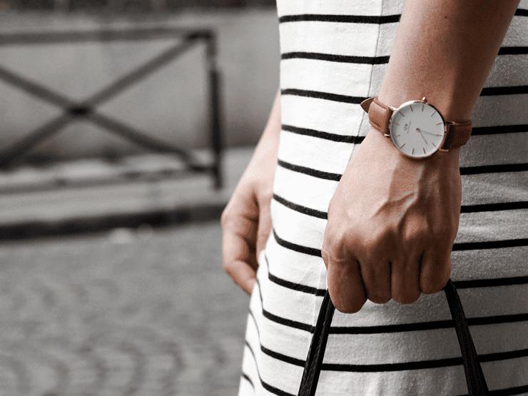 Favorite watch petite in paris
