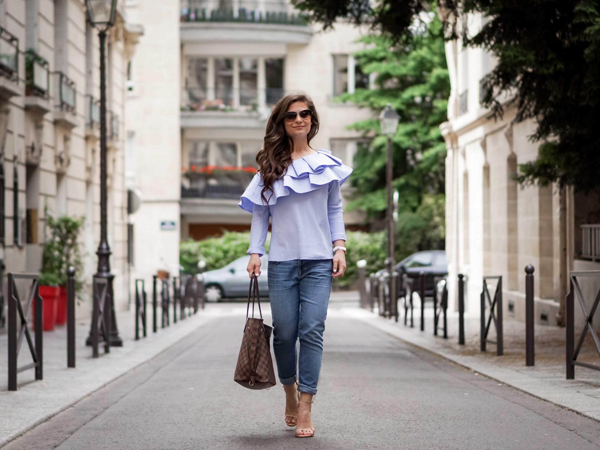 How to style the ruffle top as a petite