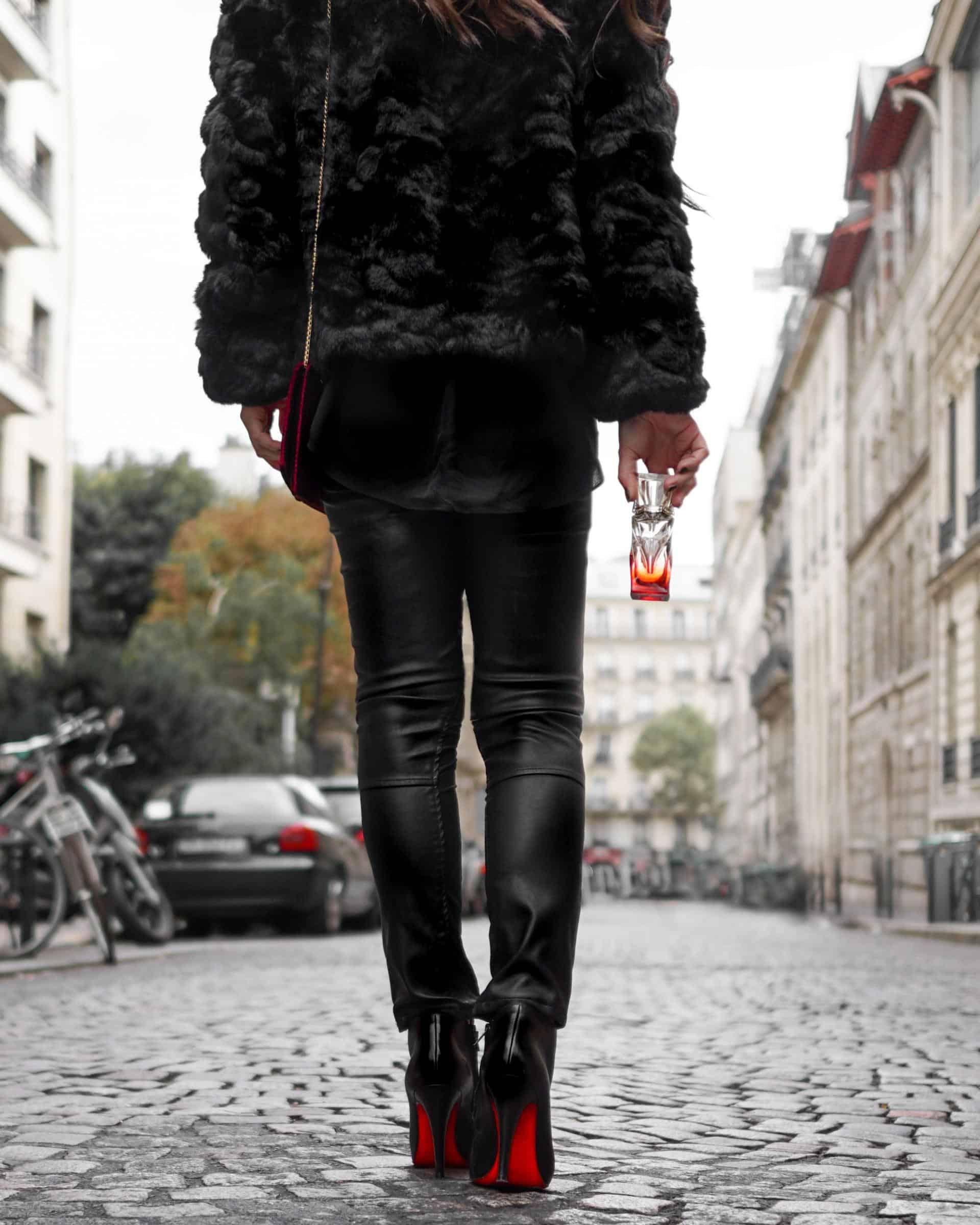 Diane Coletta petite in Paris fashion blogger