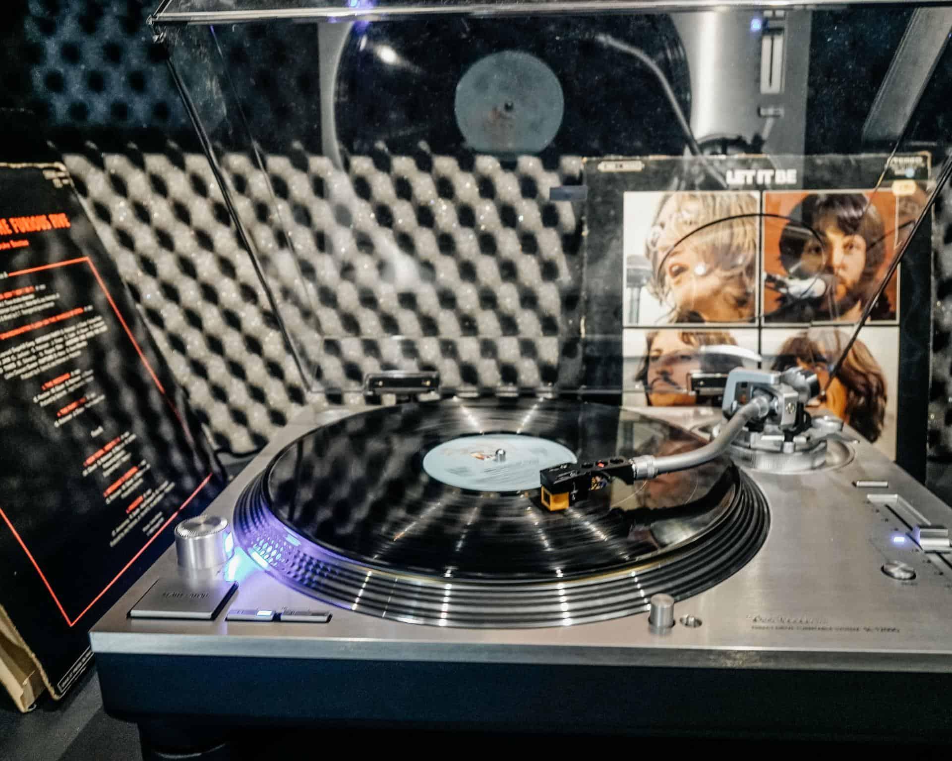 galeries lafayette music machines