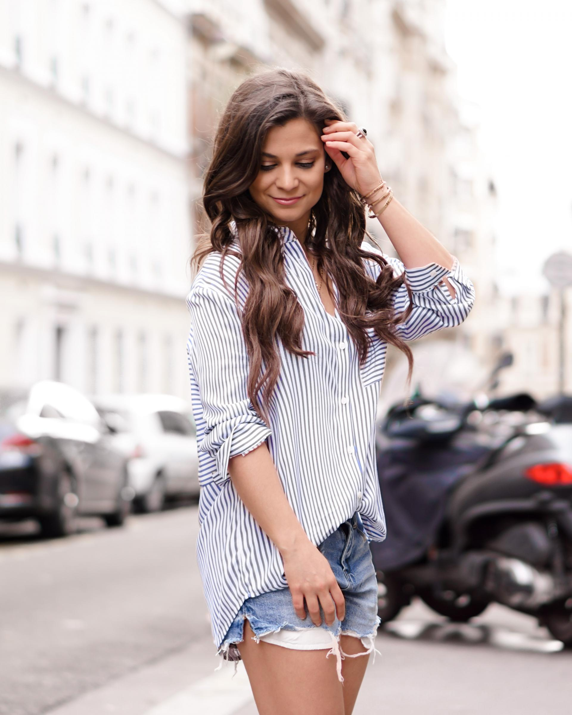 how to style an oversized top as a petite