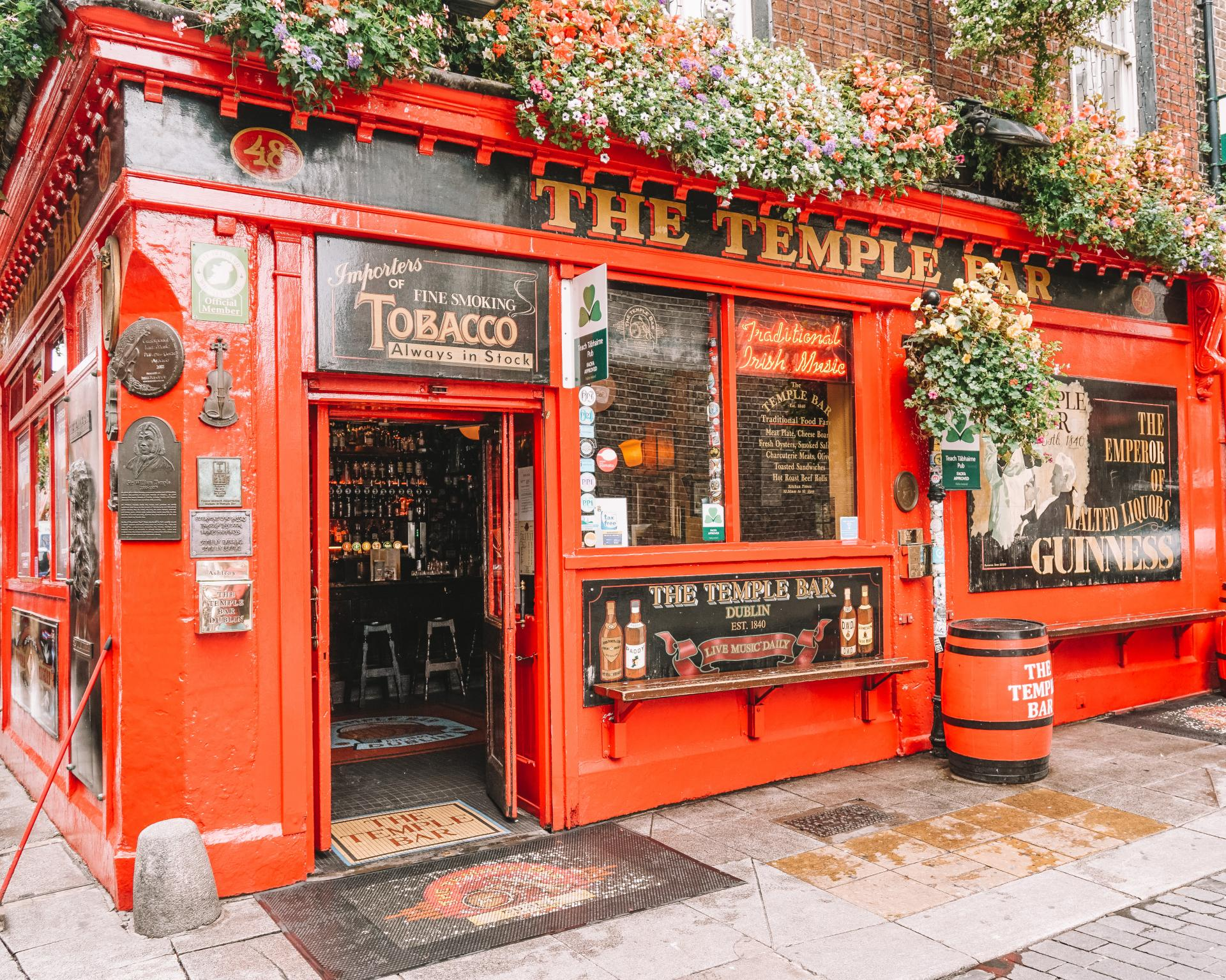 the history of the temple bar