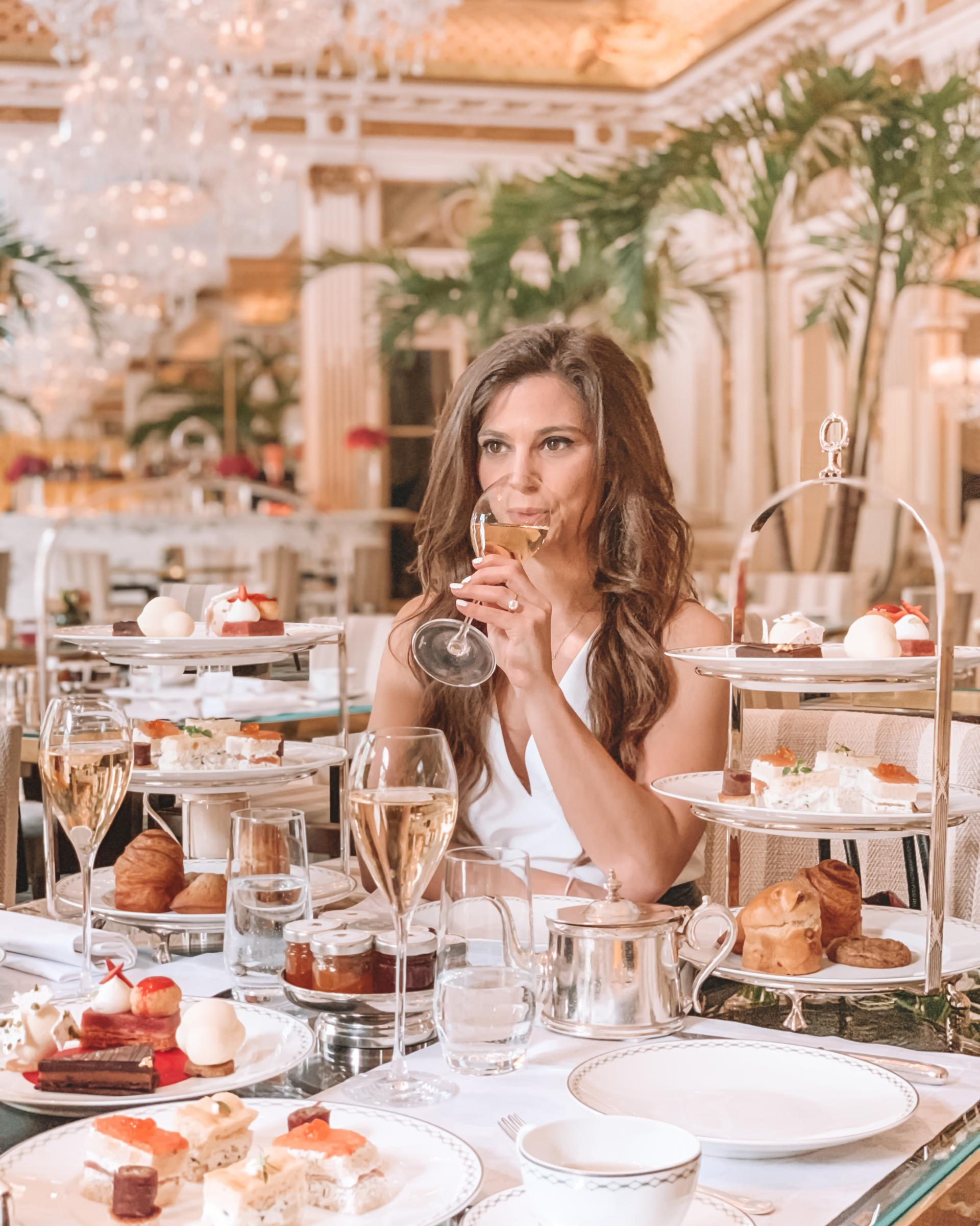 Afternoon tea time at the Peninsula