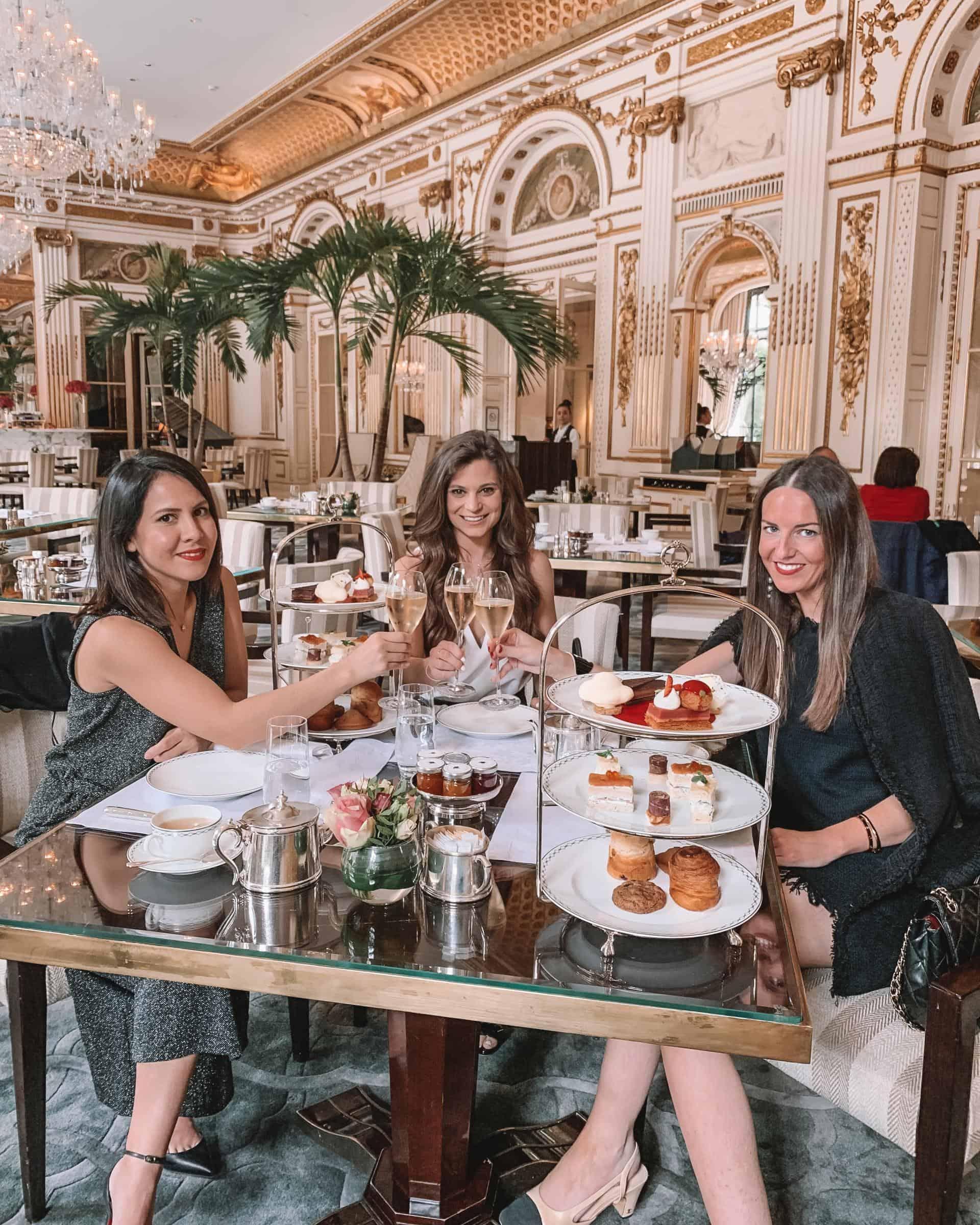 afternoon tea at the peninsula paris