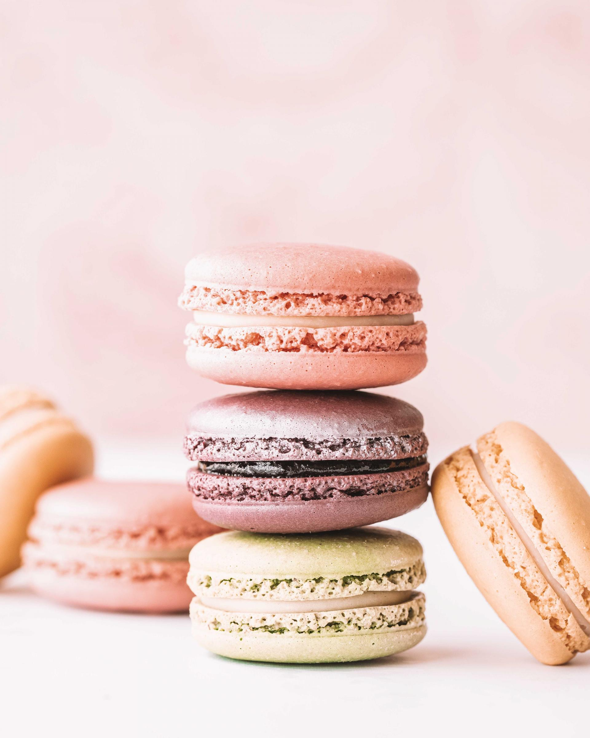 where to get the best macarons in paris