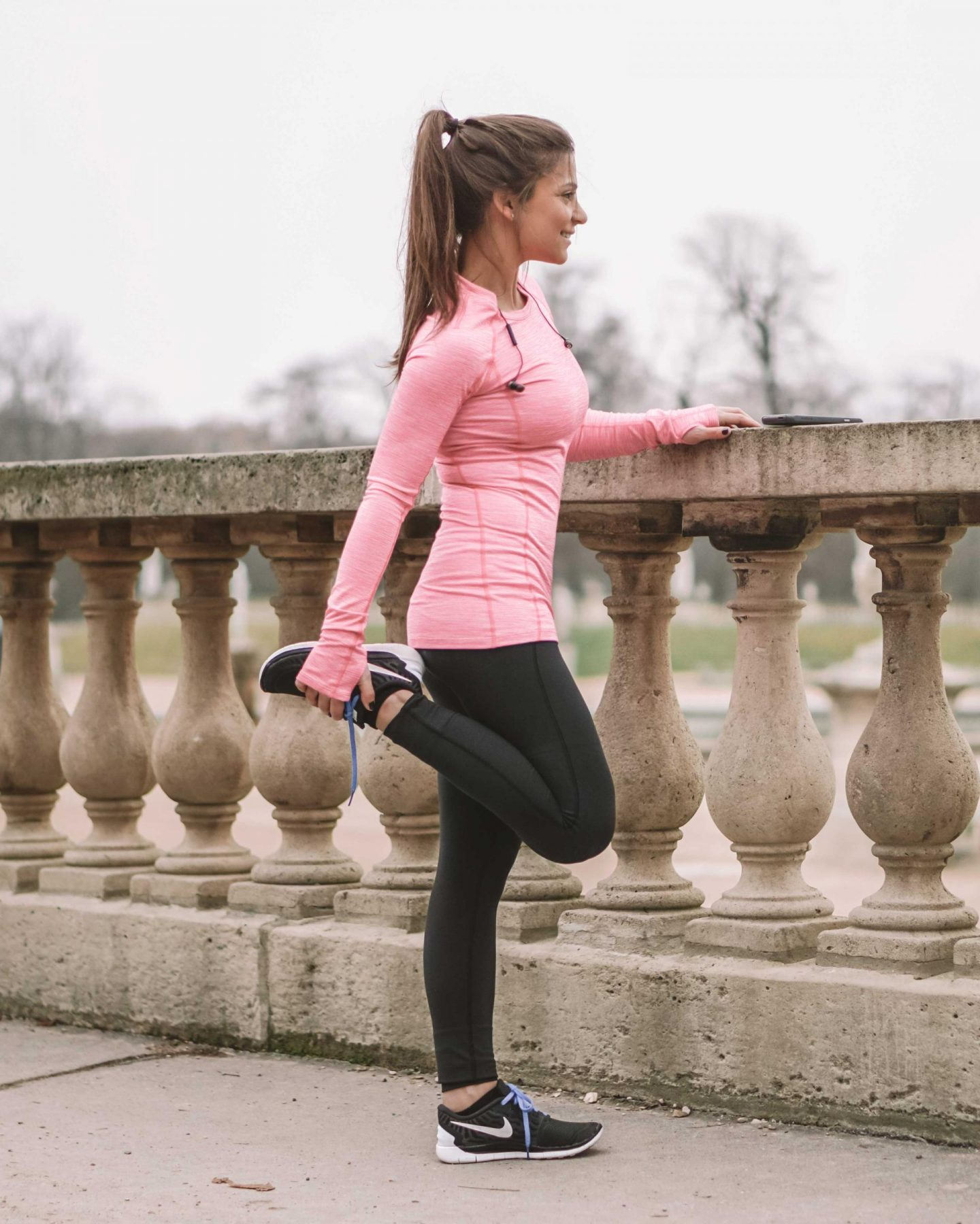 What to Wear When Running: 5 Best Running Outfits • Petite in Paris