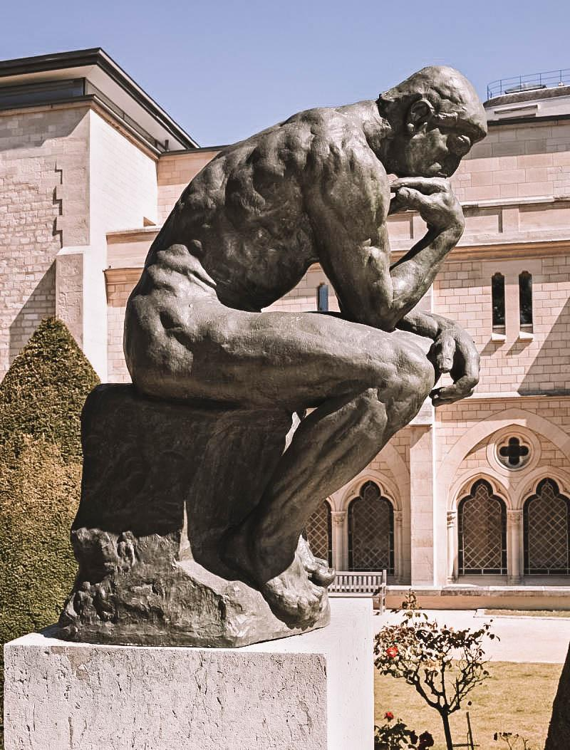 Thinker statue at musée Rodin