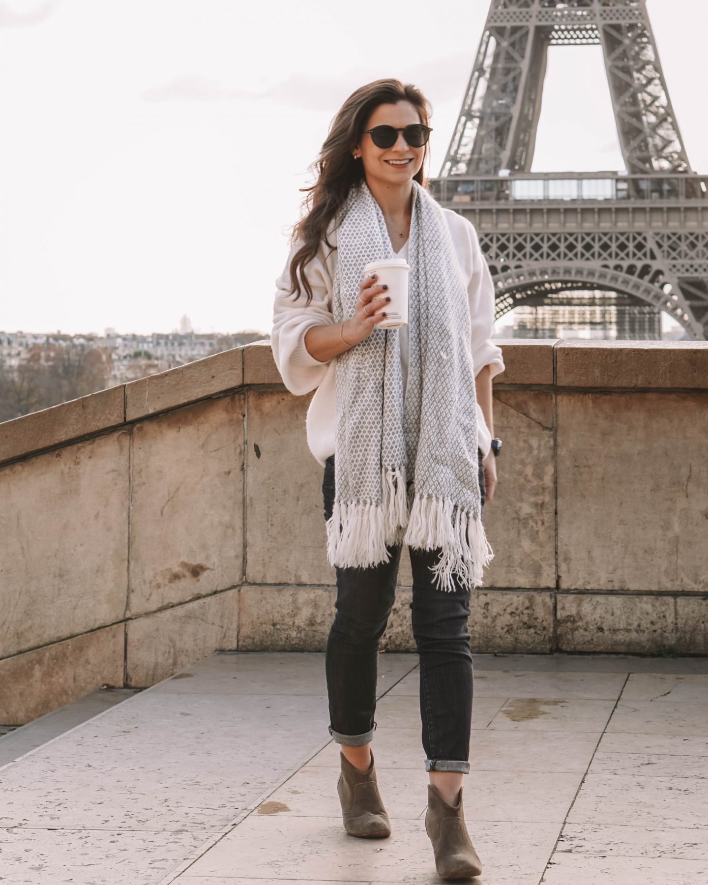 How to dress in the winter in Paris