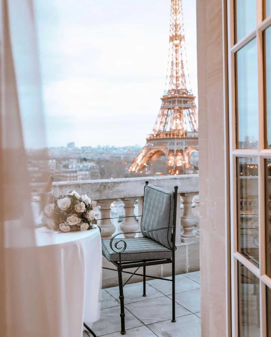 dreamy photo of Paris, France