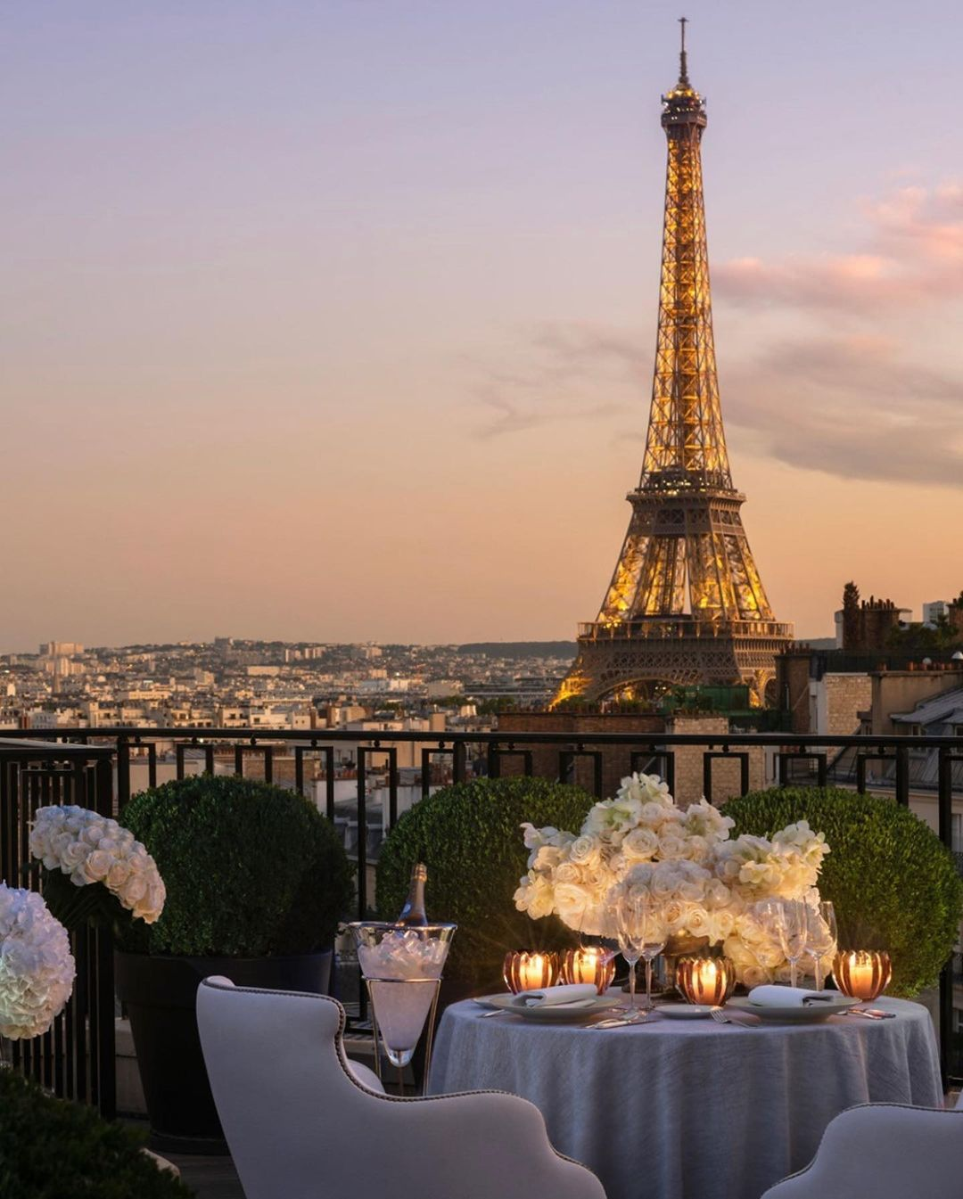 romantic dinner in front of the eiffel tower