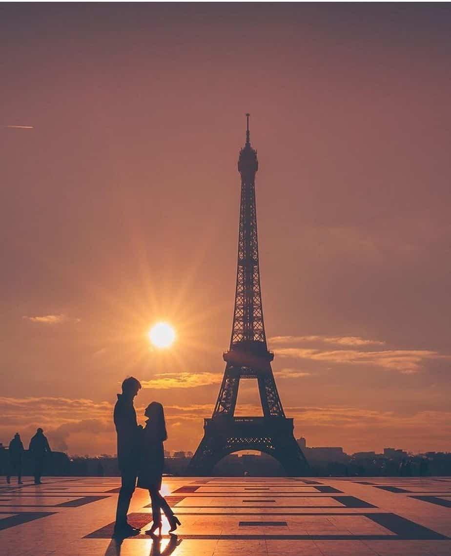 love in paris paris travel blogger