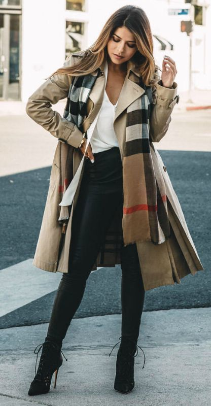 how to style a burberry trench coat
