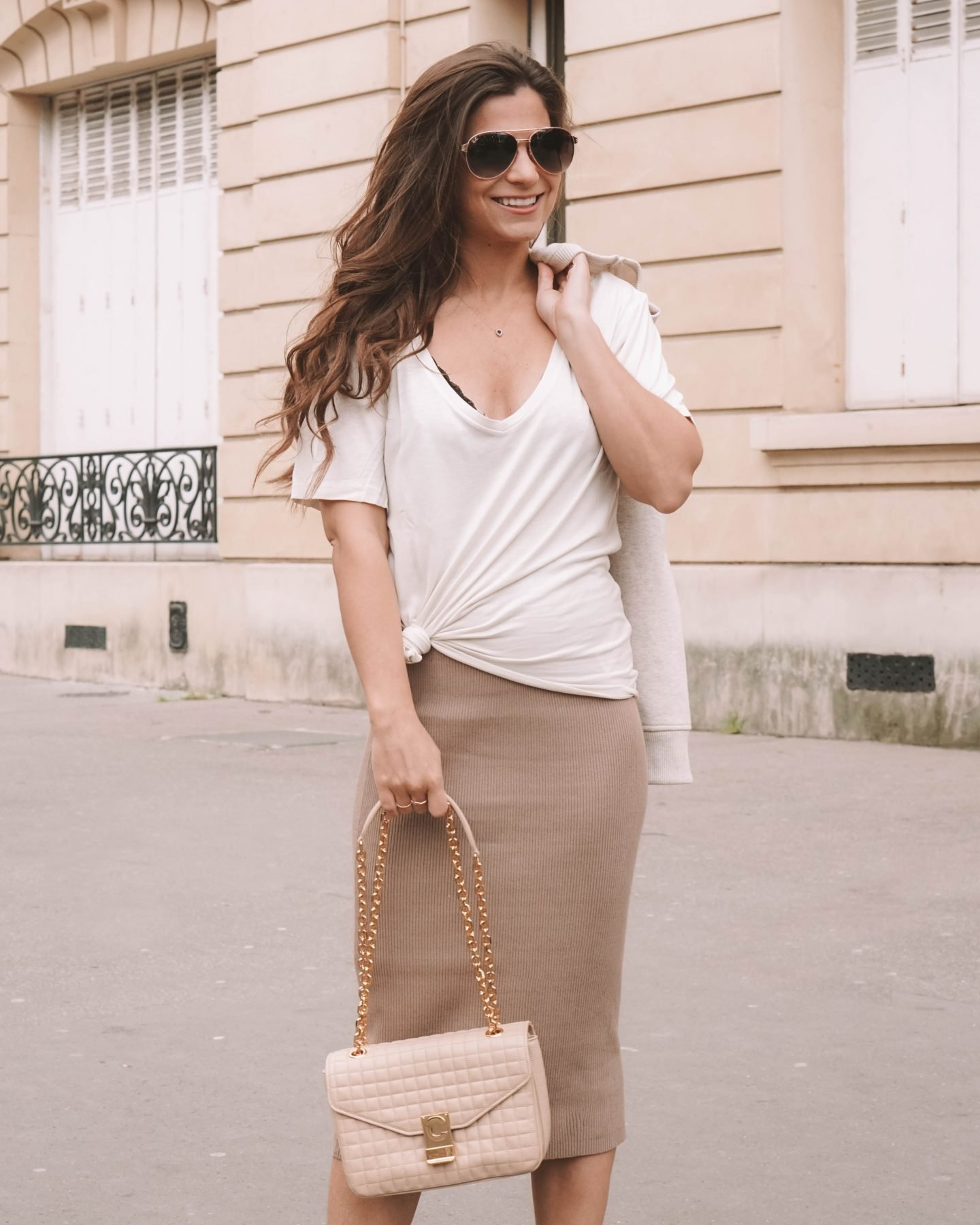 how to style a brown knitted skirt