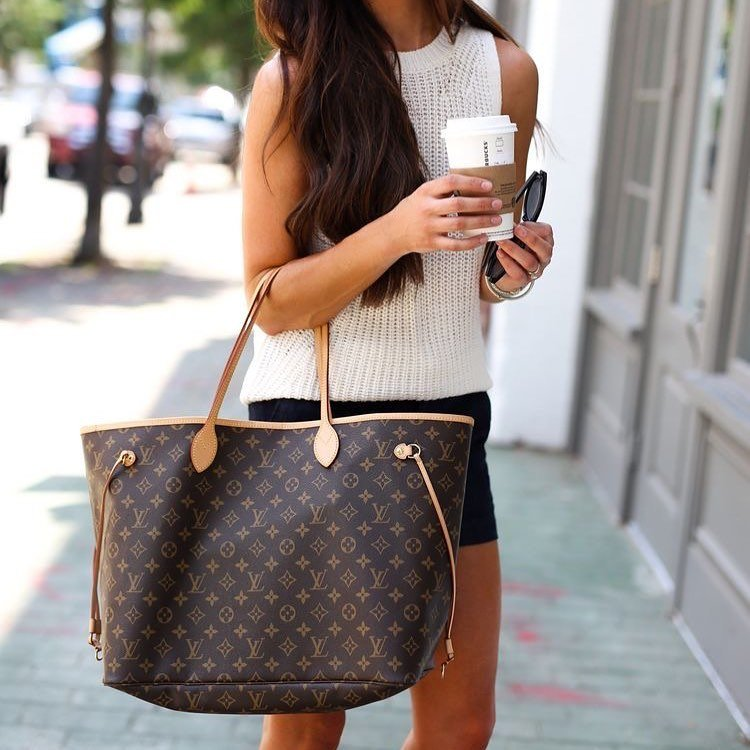 Louis Vuitton Neverfull styled