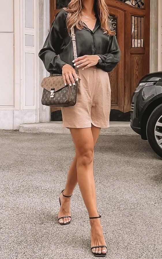 Louis Vuitton Pochette Metis Bag styled