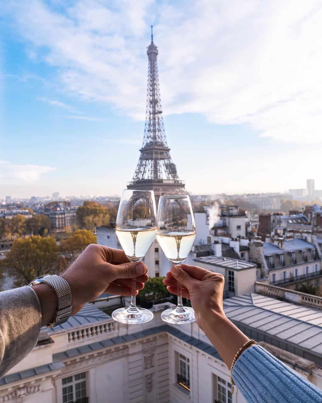 View of the Shangri-La Paris Bar